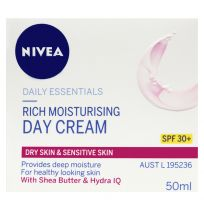 Nivea Essentials Rich Moisturising Day Cream SPF30+ 50ml