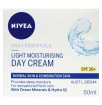 Nivea Essentials Light Moisturising Day Cream SPF30+ 50ml