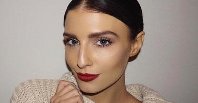 Erin Holland shares her fave winter lipstick shades whether you're a Blonde or Brunette!